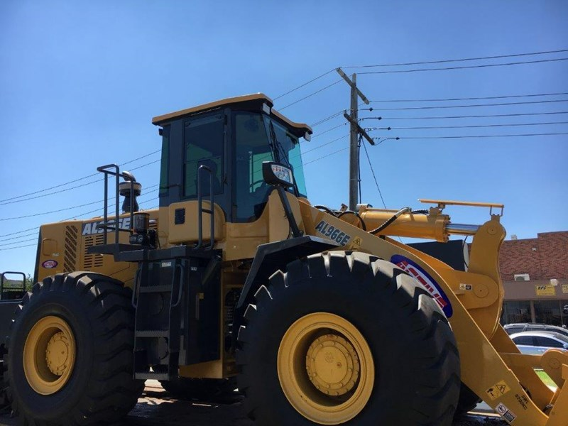 active machinery al966e 23t 'cat engine, 4sp transmission, attachments, 3 yr warranty 588713 008
