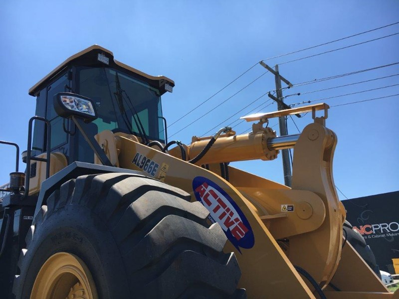 active machinery al966e 23t 'cat engine, 4sp transmission, attachments, 3 yr warranty 588713 013