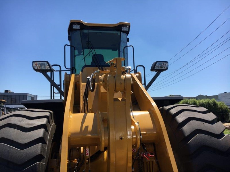 active machinery al966e 23t 'cat engine, 4sp transmission, attachments, 3 yr warranty 588713 014