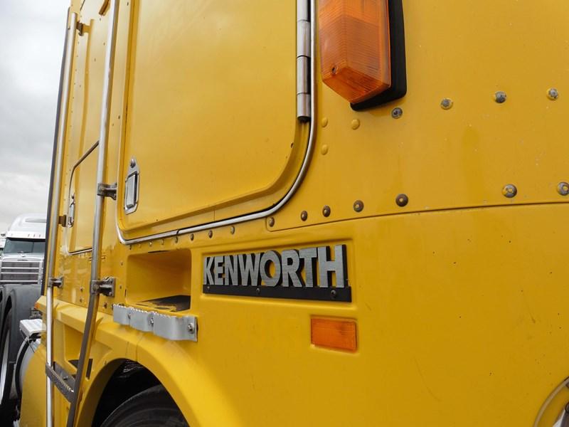 2005 Kenworth K104 For Sale