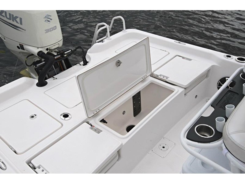 blue wave 2400 pure bay centre console 592339 034