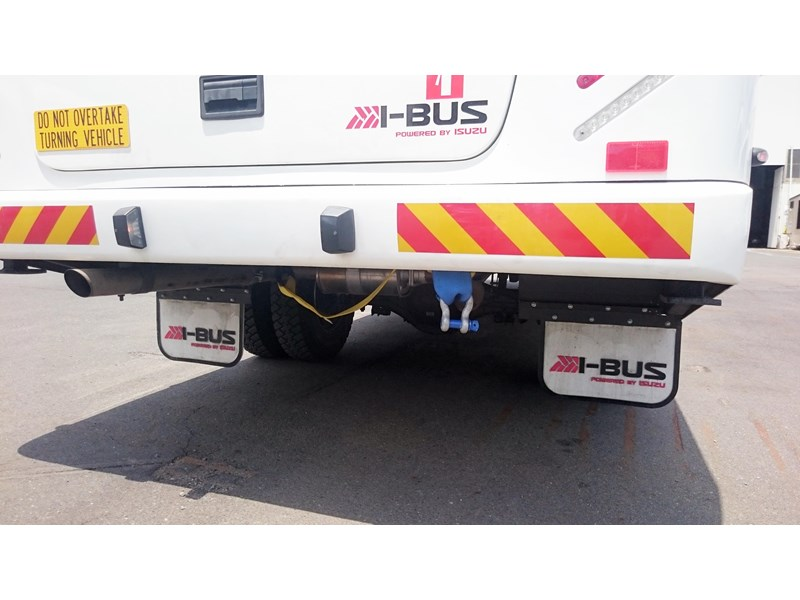 i-bus isuzu nps 300 592517 028