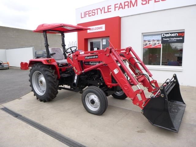 mahindra 4025 2wd + loader  & gp bucket 591974 001