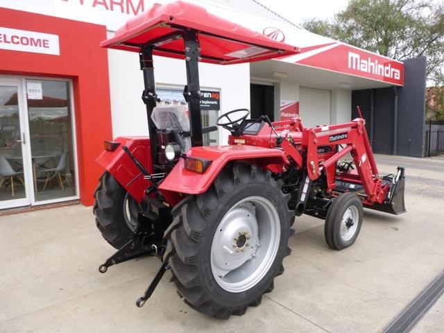 mahindra 4025 2wd + loader  & gp bucket 591974 002