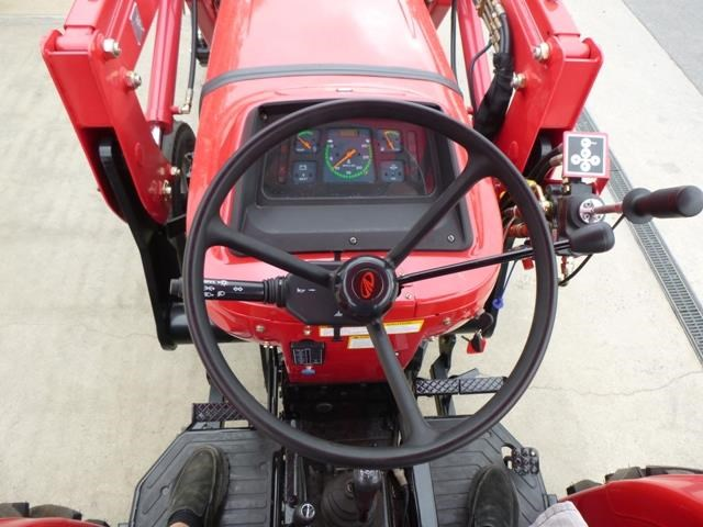 mahindra 4025 2wd + loader  & gp bucket 591974 006