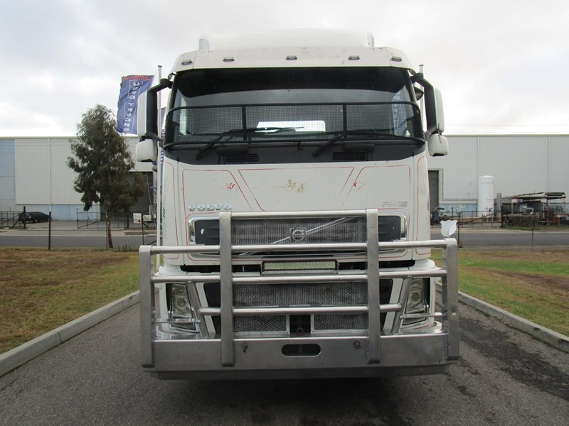 volvo fh580 593093 002