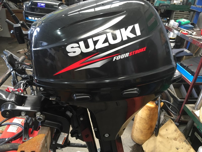 suzuki 15 hp 4 stroke electric start 596555 002
