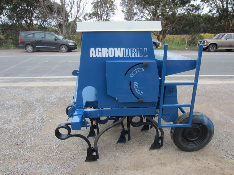 agrowdrill 11 row baker boot coil tyne super seeder 587117 007