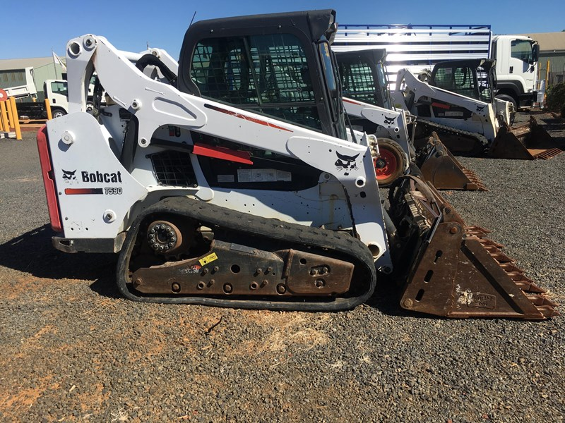 2014 BOBCAT T590 for sale
