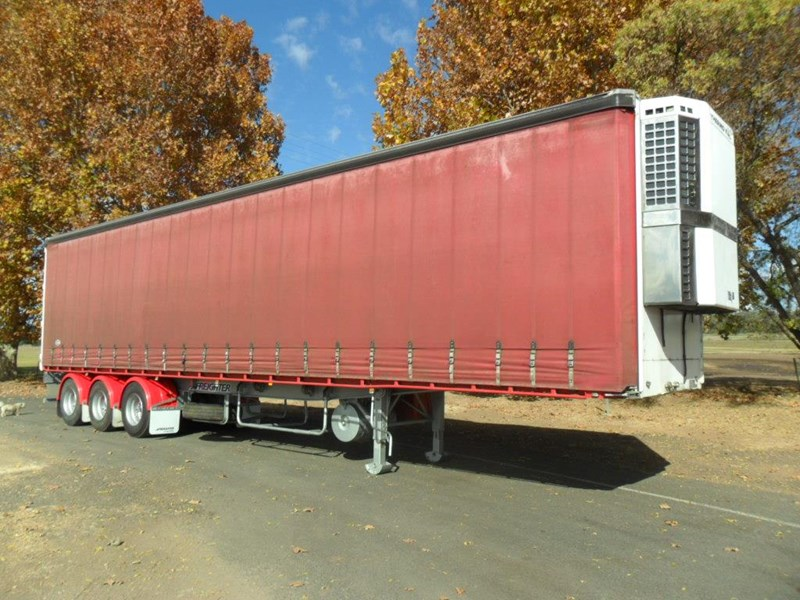 maxitrans 22 pallet refrigerated curtainsider 601019 001