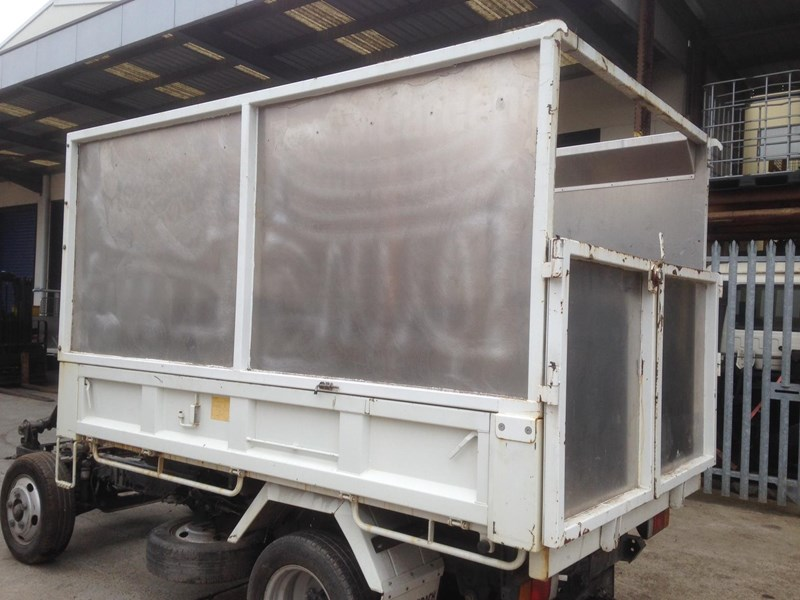 tipper body for sale isuzunlr85 602216 001