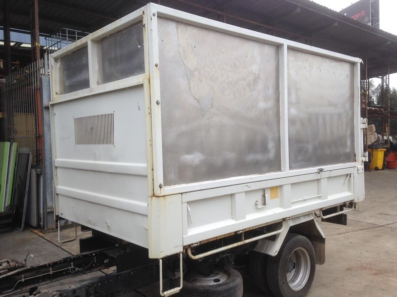 tipper body for sale isuzunlr85 602216 002
