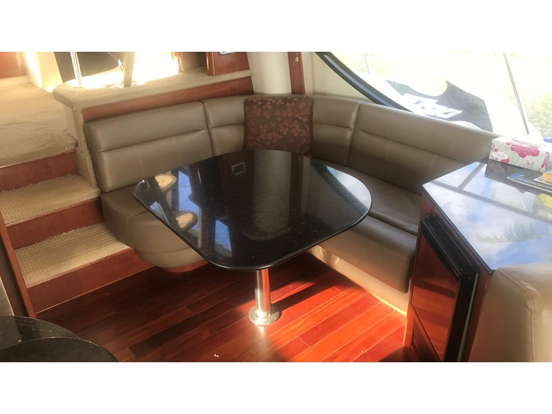 meridian 580 pilothouse 512386 045