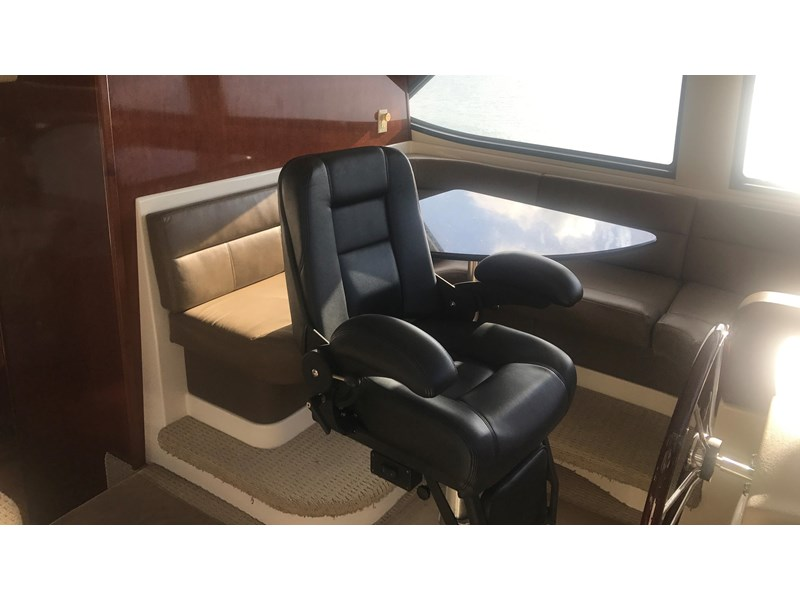 meridian 580 pilothouse 512386 037