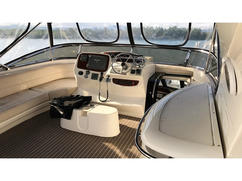 meridian 580 pilothouse 512386 026
