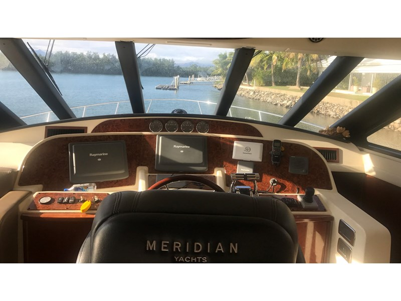 meridian 580 pilothouse 512386 036