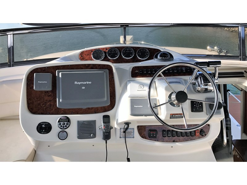 meridian 580 pilothouse 512386 023