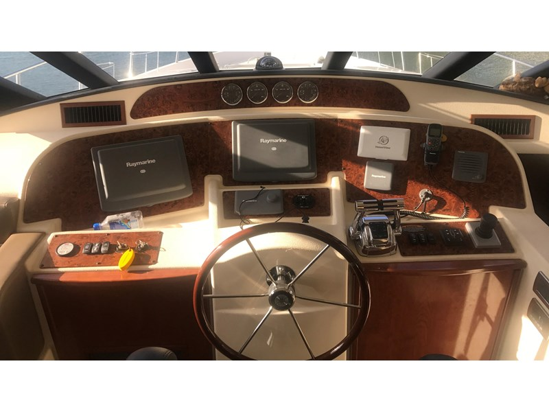 meridian 580 pilothouse 512386 013