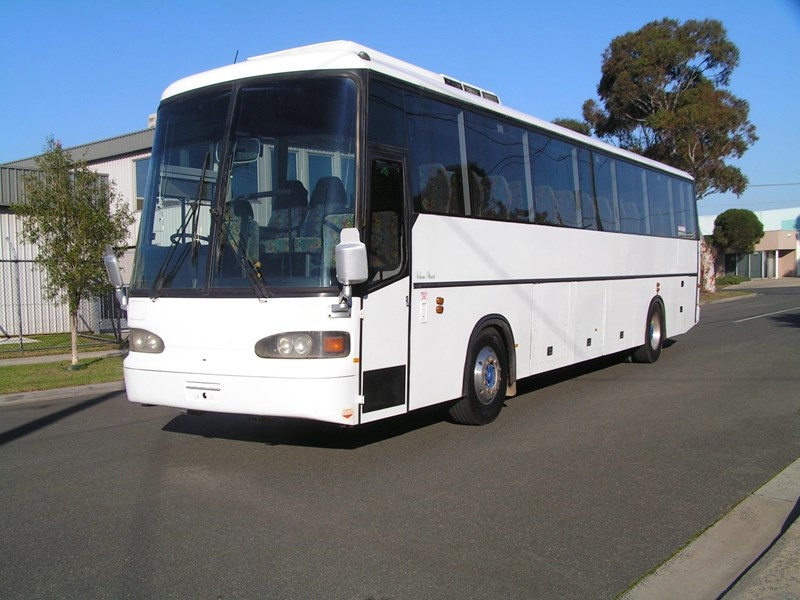 man coach 290 hp (ac, belts, 57 pass) 604684 001
