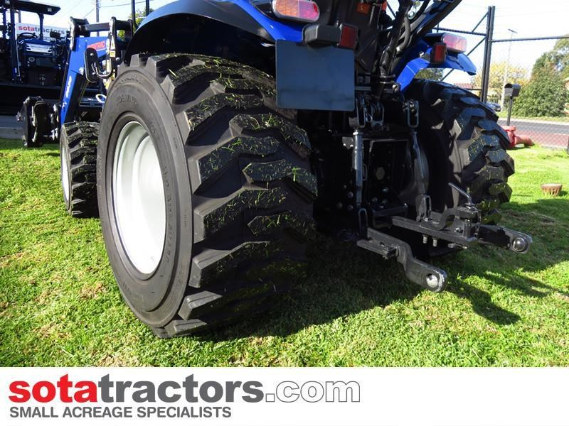 farmtrac 28hp tractor 607683 013