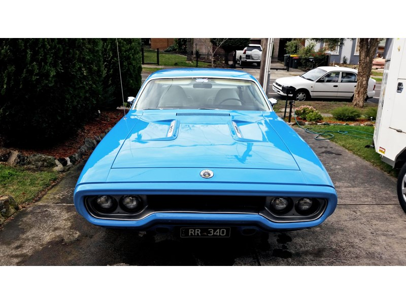 plymouth road runner 608279 004