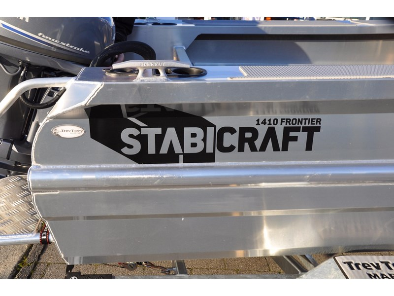 stabicraft 1410 frontier 1410 frontier centre console 501171 009