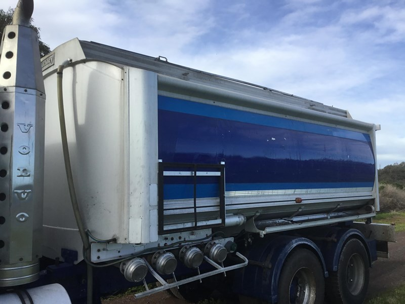 hockney 18600 litre rigid aluminium fuel tank 607793 004