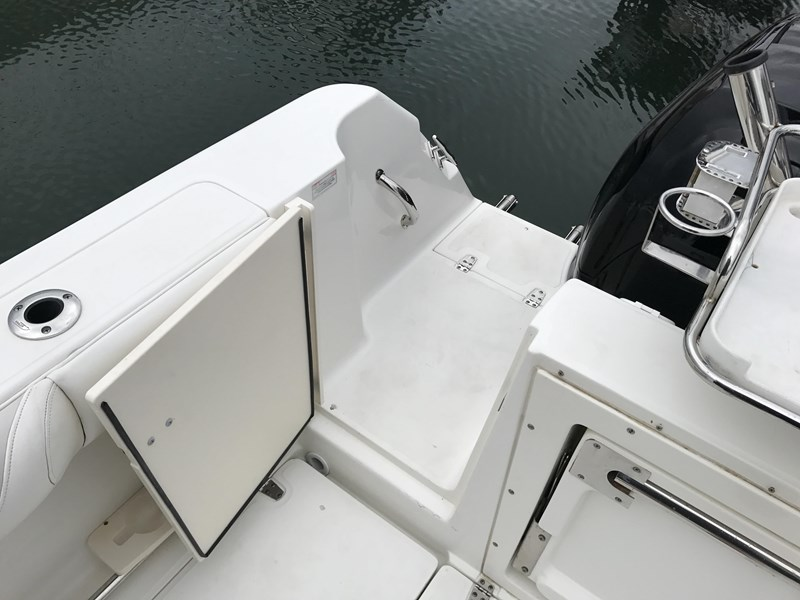 boston whaler 255 conquest 610753 011