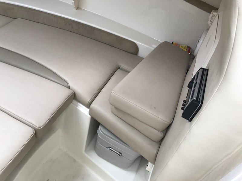 boston whaler 255 conquest 610753 014