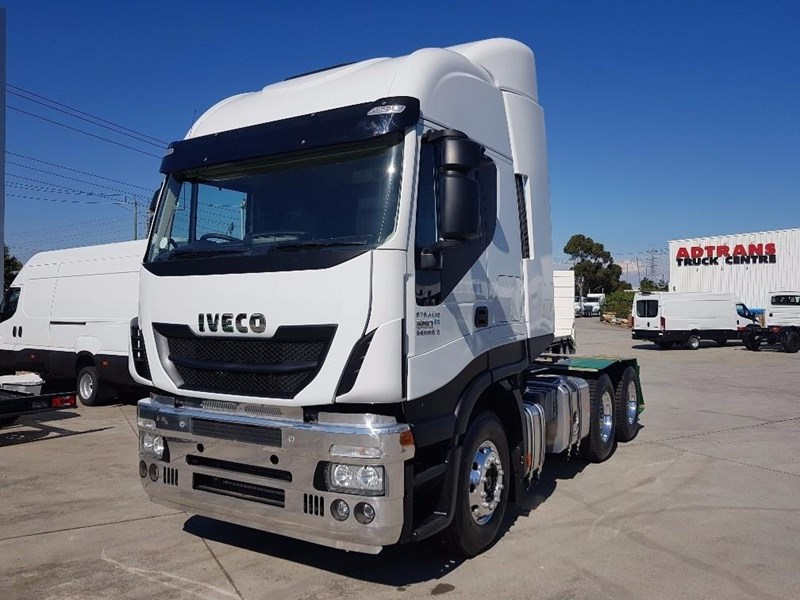 iveco stralis as-l 612888 002