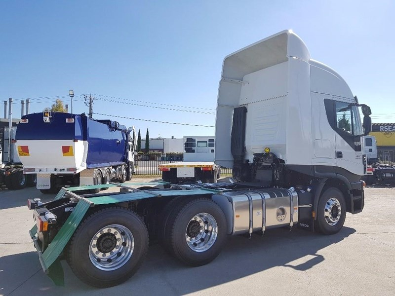 iveco stralis as-l 612888 008