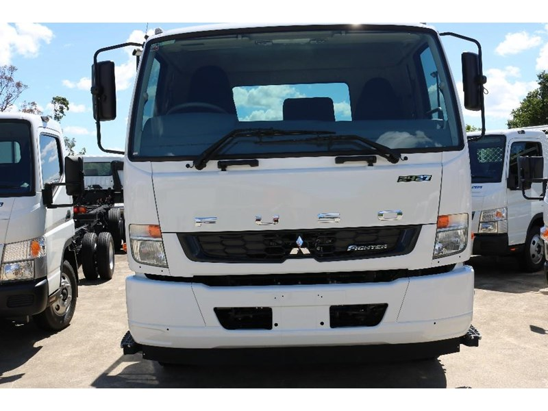 fuso fighter 609142 031