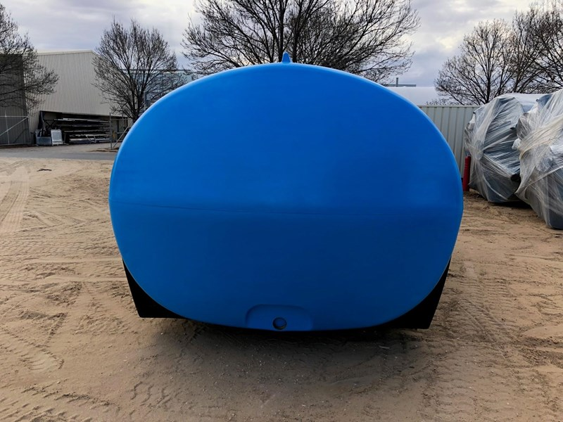 13,000l cartage tank heavy duty- 1.3 sg 605287 004