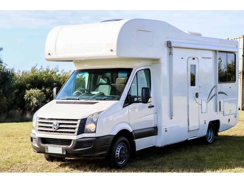 volkswagen crafter 4 berth platinum beach 562610 003