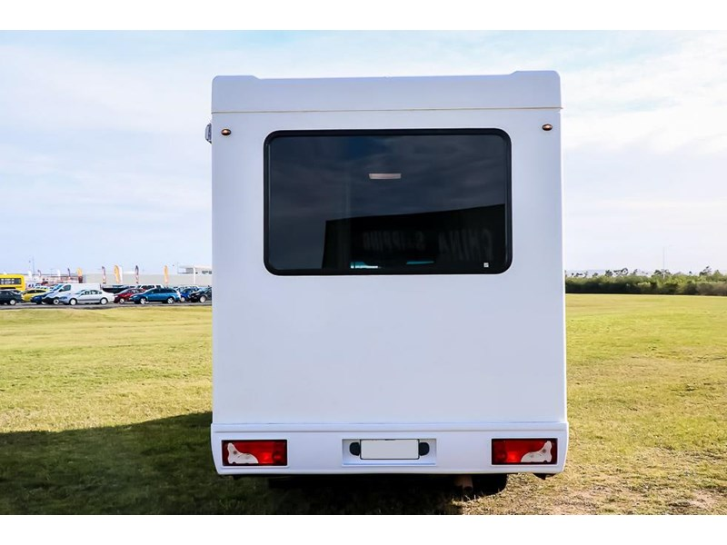 volkswagen crafter 4 berth platinum beach 562610 011