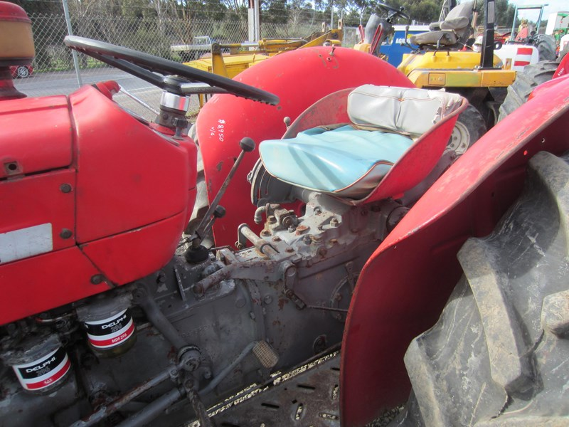 massey ferguson 135 tractor 12 speed 621724 003