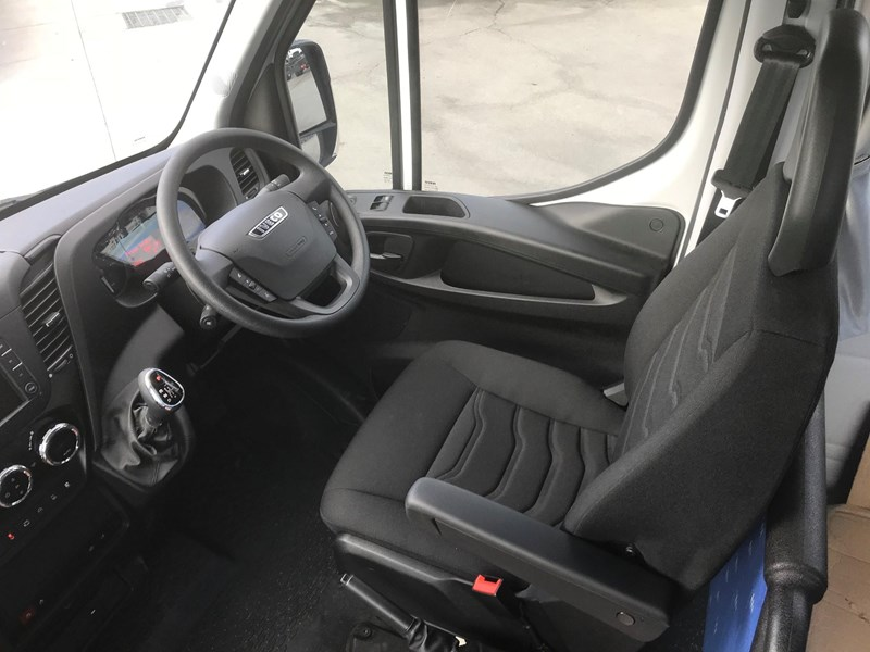 iveco unknown 622904 008