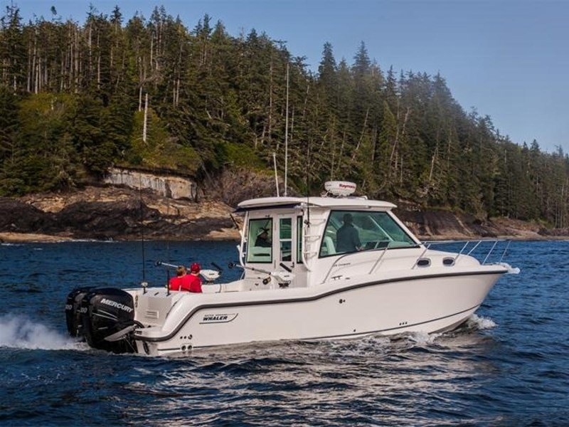 boston whaler 315 conquest pilothouse 294256 026