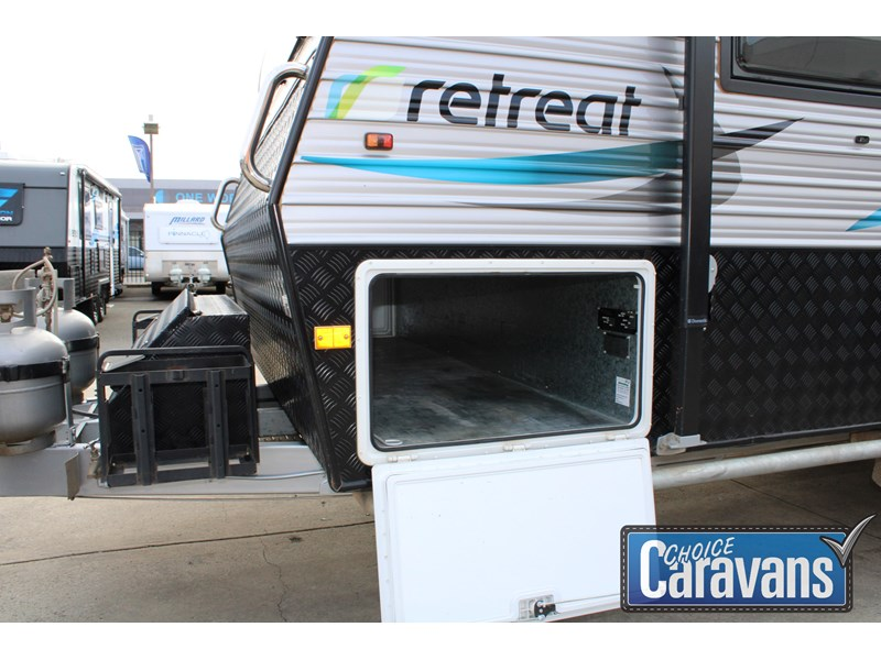 retreat caravans montague - fraser 180c 625446 010