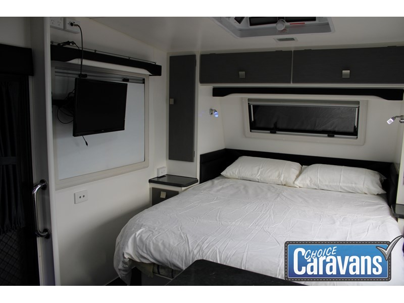 retreat caravans montague - fraser 180c 625446 017