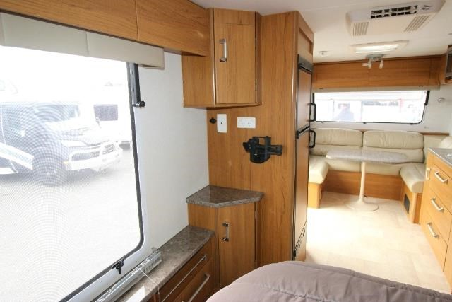 jayco sterling outback 625839 011