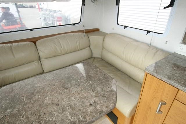 jayco sterling outback 625839 012