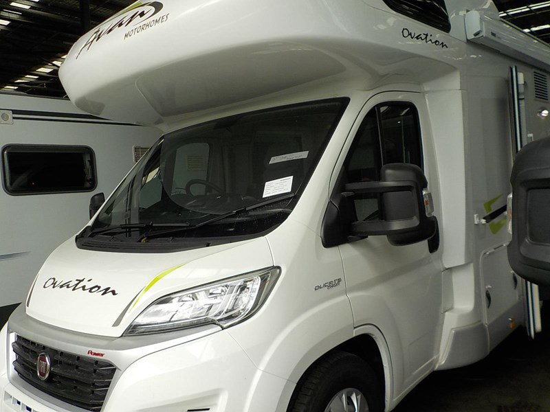 avan ovation m7 626677 001