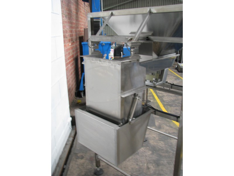 stainless steel semi-automatic hopper weigher bagger 628697 002