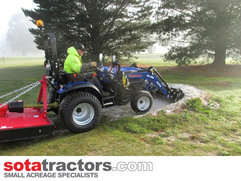 FARMTRAC 28HP TRACTOR for sale