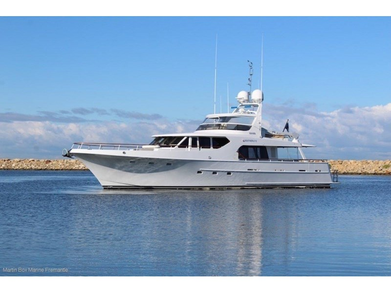 mcmullen and wing expedition motor yacht 635407 002