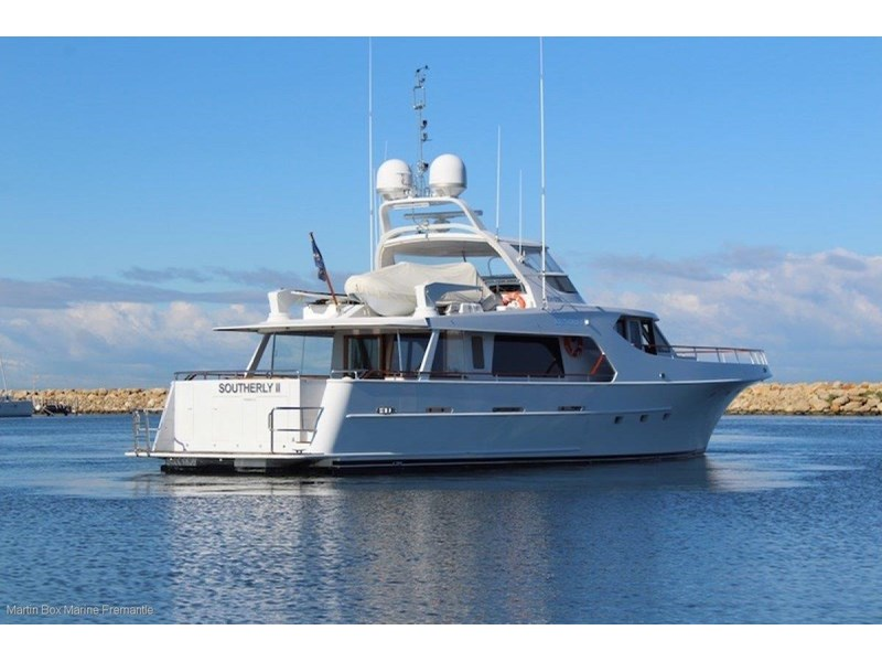 mcmullen and wing expedition motor yacht 635407 008
