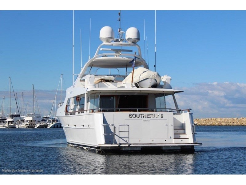 mcmullen and wing expedition motor yacht 635407 010