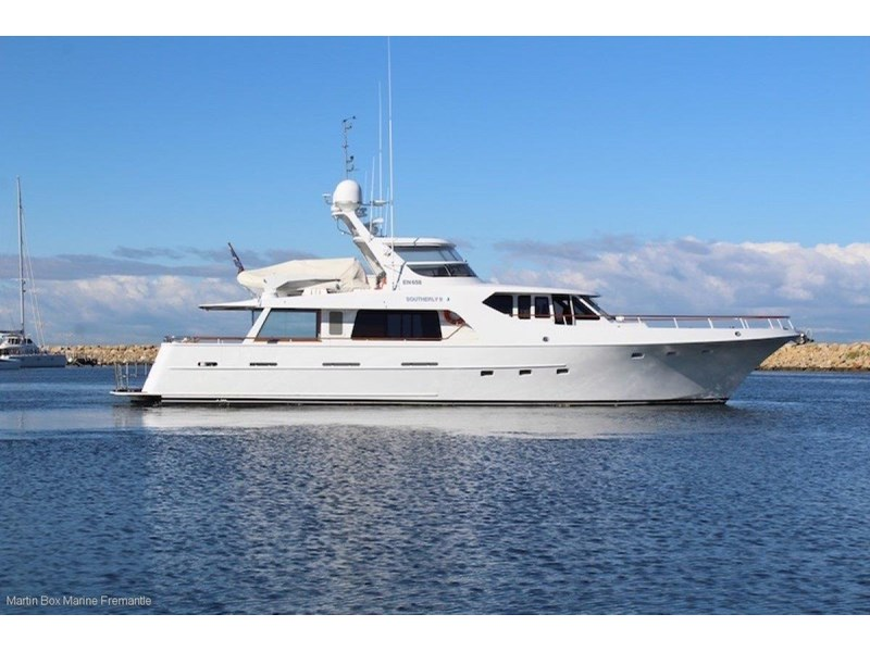 mcmullen and wing expedition motor yacht 635407 007
