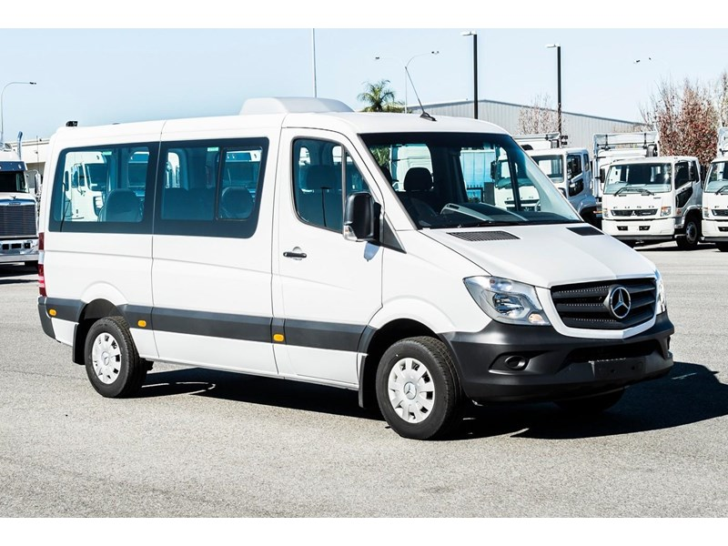 mercedes-benz sprinter 635522 001